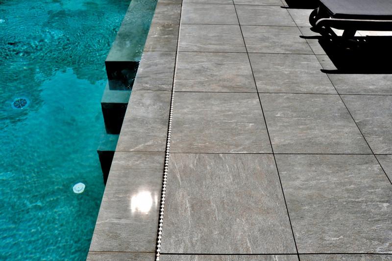 Carrelage piscine Charente