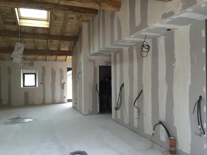 La cloison sèche, idéale pour la rénovation et l'aménagement de combles, Charente et Charente-Maritime